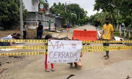 Por mal estado, comunidad inhabilitó puente en la comuna 10