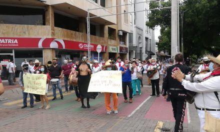 Gestores culturales marcharon en rechazo a convocatorias para San Pedro