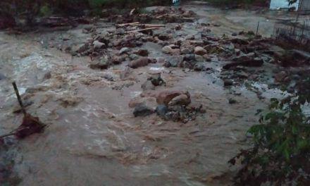 Avalancha dejó consecuencias en zona rural de Algeciras