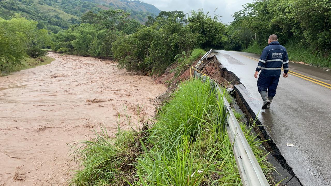 Comunidad en general hace un llamado urgente a las autoridades competentes para que realicen intervención inmediata a la Ruta 45.