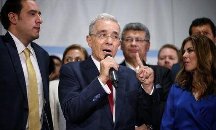 Denuncian amenazas contra jueza que definirá si precluye caso de Álvaro Uribe