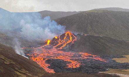 Volcán en Islandia erupcionó tras 800 años inactivo