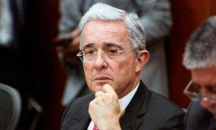 Fiscalía solicitó preclusión en caso de Álvaro Uribe Vélez por manipulación de testigos