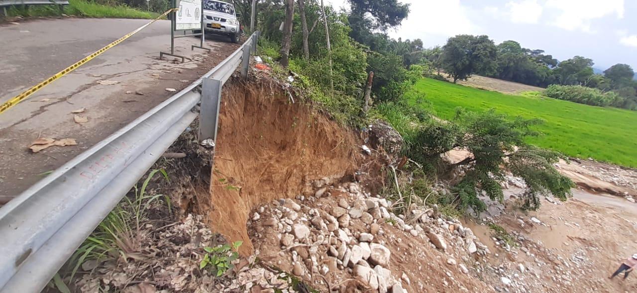 Deplorable estado de la vía Neiva – La Ulloa – Rivera