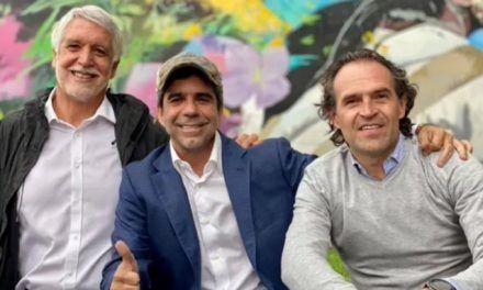 Abrazo de exalcaldes Peñalosa, Char y Gutiérrez refuerza posible alianza presidencial