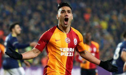 Falcao marcó un doblete y salvó al Galatasaray