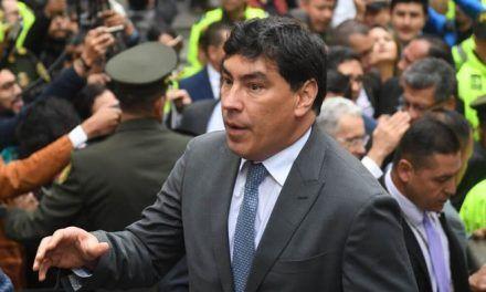 Las pruebas para precluir o llamar a juicio al representante Álvaro Prada