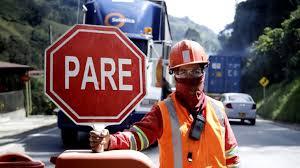 Por restricciones en La Línea, piden paciencia a conductores y viajeros