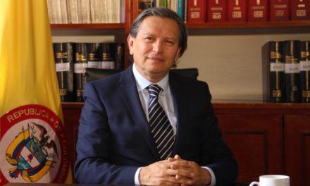 A la Constitución de 1991 se le han hecho 56 reformas, una y media por año: Novoa