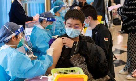 Coronavirus en China: 3 claves de la titánica campaña de vacunación en el país con más habitantes del mundo