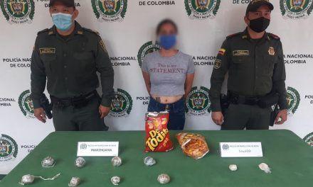 Mujer pretendía ingresar sustancias ilícitas al bunker de la Fiscalía en un paquete de 'Detodito'