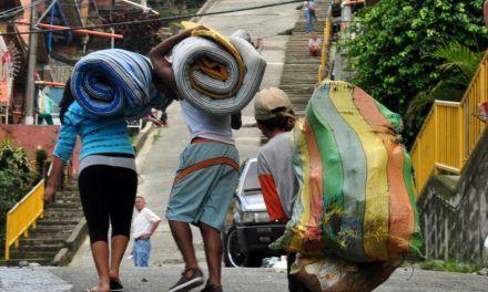 En Colombia cada media hora una persona es desplazada