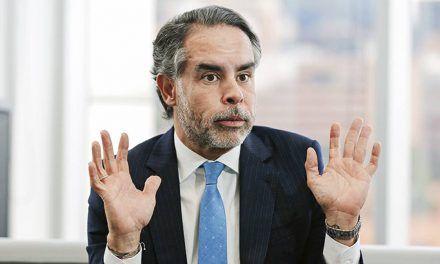 Armando Benedetti se va del petrismo con duras palabras contra Gustavo Bolívar
