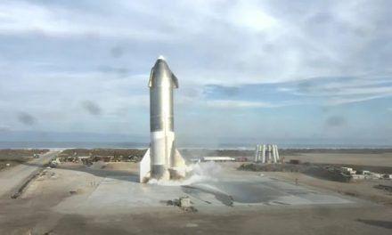 El Starship SN10 de SpaceX aterriza con éxito y minutos después explota