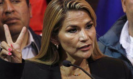 Orden de captura contra la expresidenta de Bolivia Jeanine Áñez