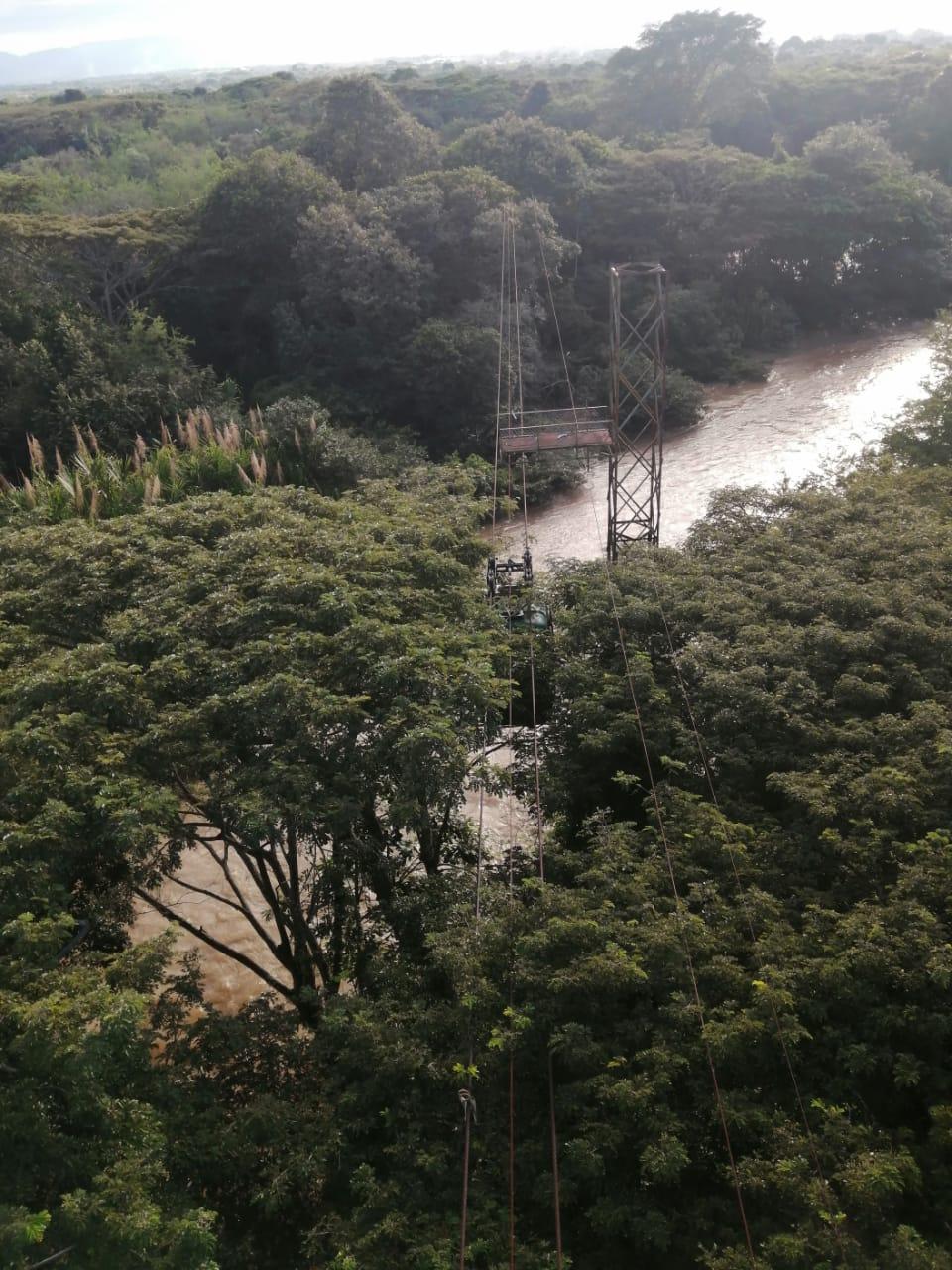 Panorámica del río desde la parte alta del monumento