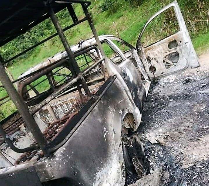 Incendian vehículo de transporte público en zona rural de Neiva