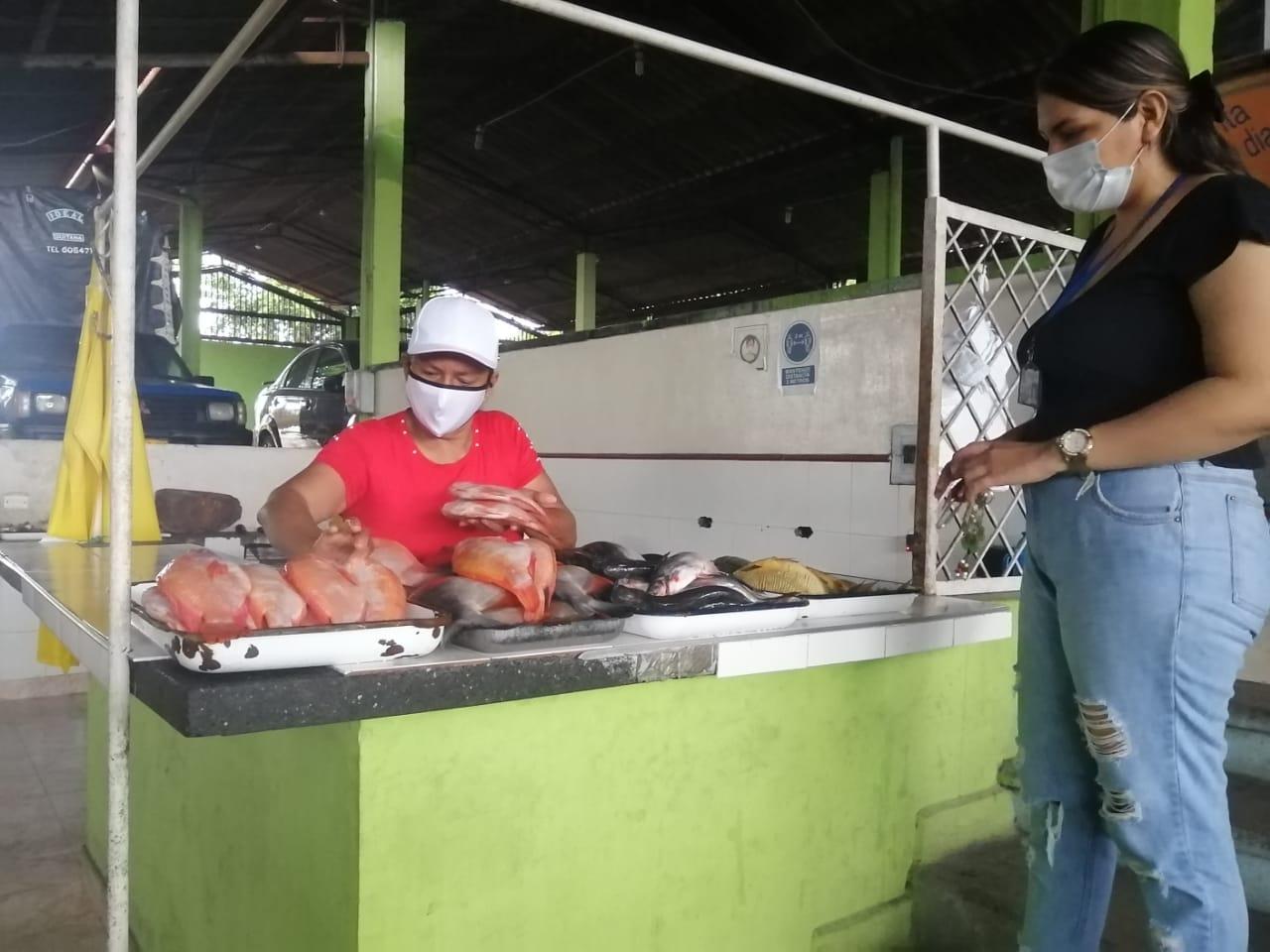 En el segundo piso se encuentra la venta de pescado