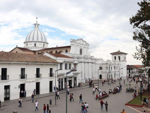 Frustran atentado con volqueta bomba en Popayán