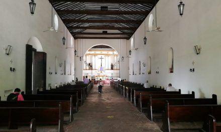 """""""Que reduzcan el parlamento mejor"""", Obispo, sobre impuesto a las parroquias"""