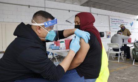 EE. UU administró 4 millones de vacunas contra el covid en un día