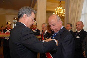 Ya retirado de la vida pública, en mayo de 2009, el entonces presidente Álvaro Uribe Vélez le impuso la Orden Nacional al Mérito en el Grado de Gran Cruz.
