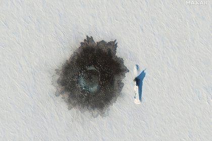 La emersión de los submarinos en una imagen satelital.