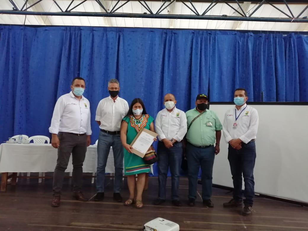 De acuerdo con Anaya Toro, en este proceso fueron incluidas dos instituciones educativas del municipio La Argentina y una IE del municipio de San Agustín.