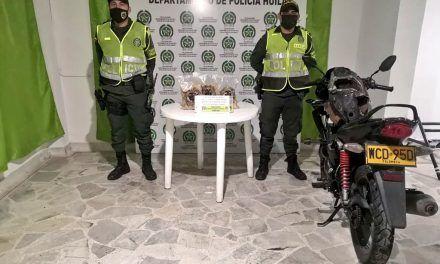 Mujer se accidentó transportando 7 mil gramos de base de coca