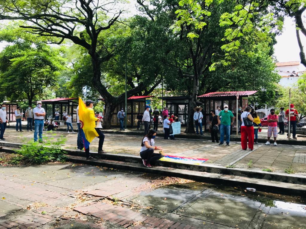 Con arengas, manifestantes exigieron ser escuchados por el presidente Iván Duque.