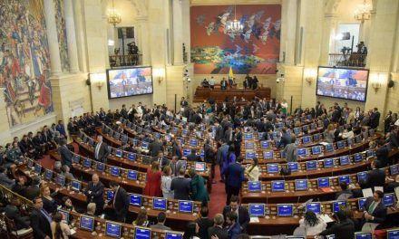 Feria de contratos en el Senado durante la pandemia