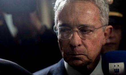 Testigos que favorecen a Uribe, fueron considerados como 'falsos' por la Corte Suprema