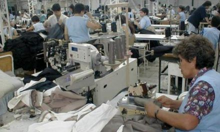 Producción manufacturera subió 0,6 %, pero redujo personal ocupado 4,4%