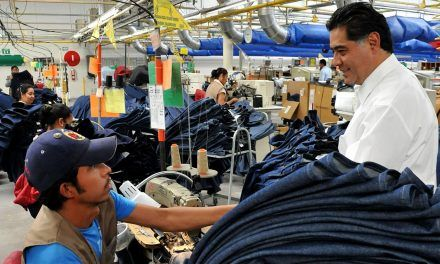 3,48% cayó la economía en febrero