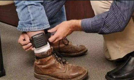 Gobierno cobrará por los brazaletes electrónicos