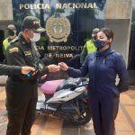 Miembros de la Policía logran recuperar motocicleta que habría sido hurtada