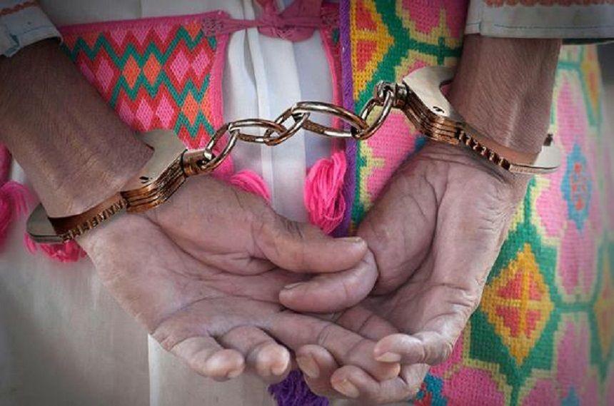Cárcel para indígenas que abusaron de madre y su hija de seis años