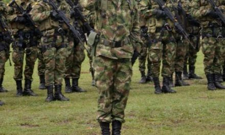Denuncian a teniente del Ejército por obligar a 9 soldados a tomar orina