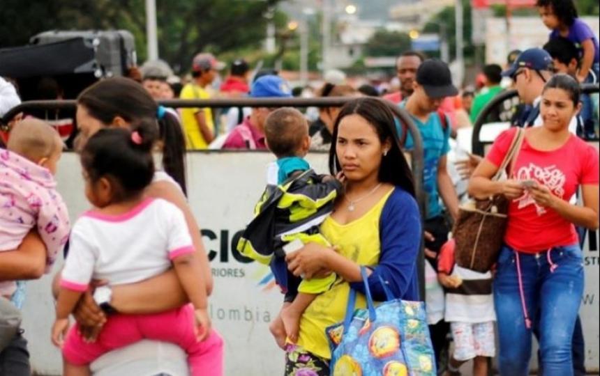 Menores migrantes venezolanos deberán ser atendidos por las EPS