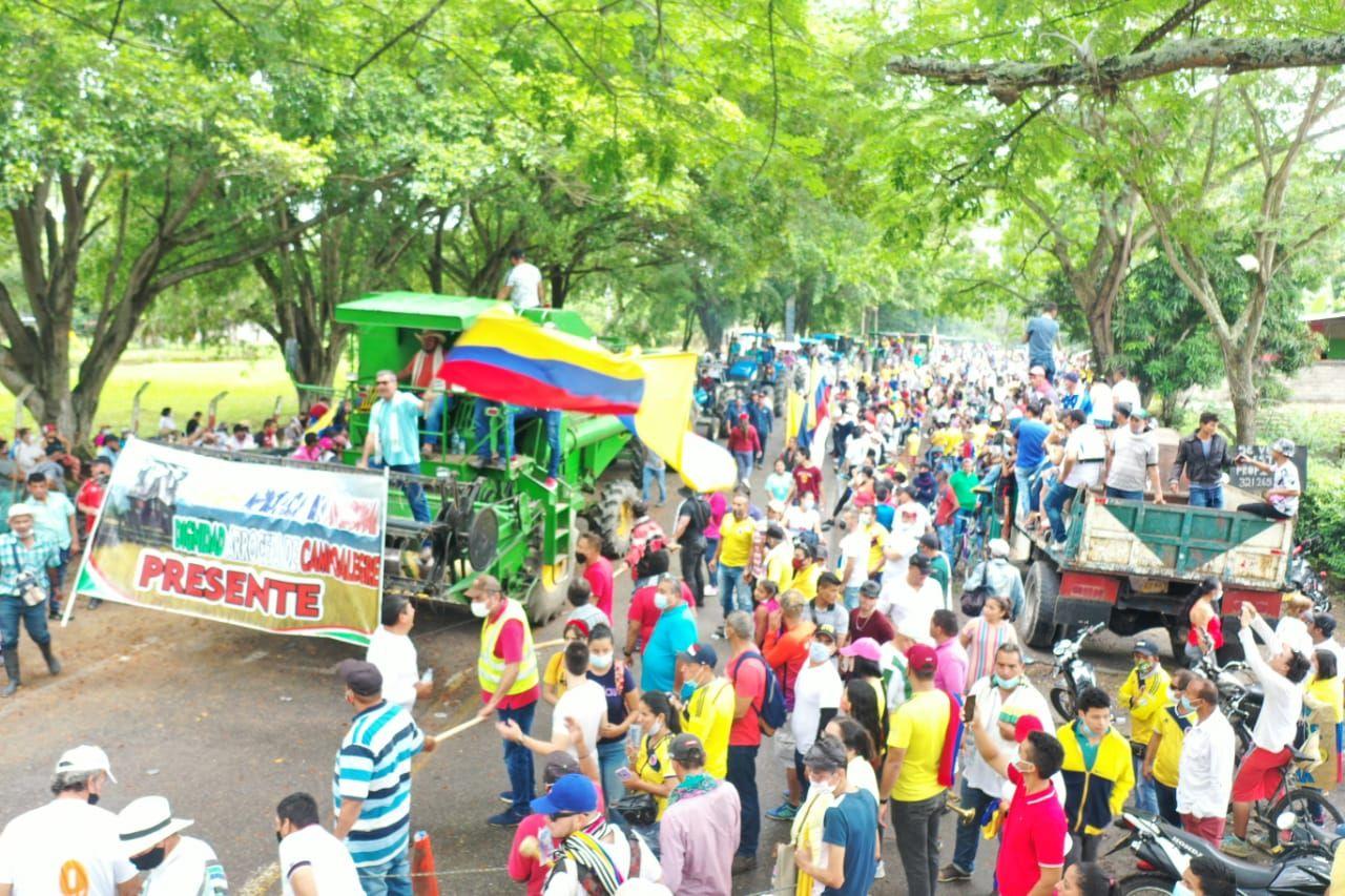 Arroceros y comerciantes se unieron al paro nacional en Campoalegre