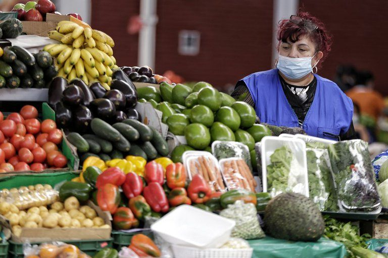Por bloqueos el precio de los alimentos subiría hasta 110%: Fenalco