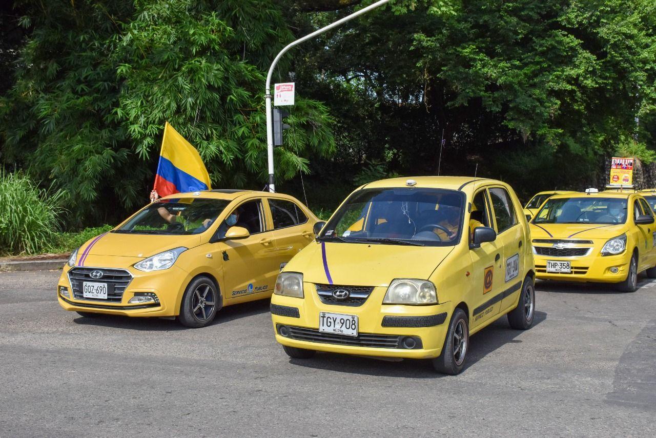 Gran satisfacción entre taxistas por la 'caída' del proyecto de ley 003