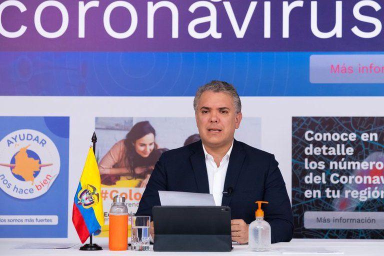 Iván Duque suspende su programa televisivo
