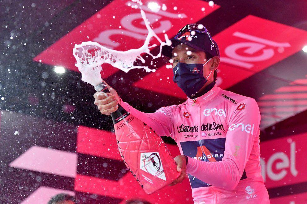 Egan Bernal ganó la novena etapa y es líder del Giro de Italia