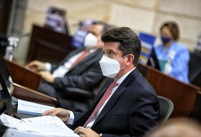 Ahora es en la Cámara: Rechazada moción de censura contra Molano