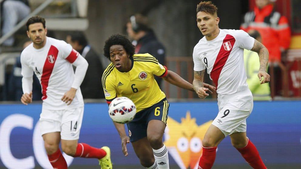 Perú confirmó dos bajas para su partido contra Colombia por Eliminatorias