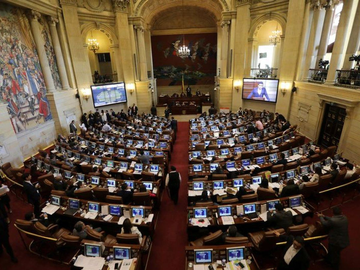 Congresistas sesionarán desde las regiones para buscar soluciones al paro