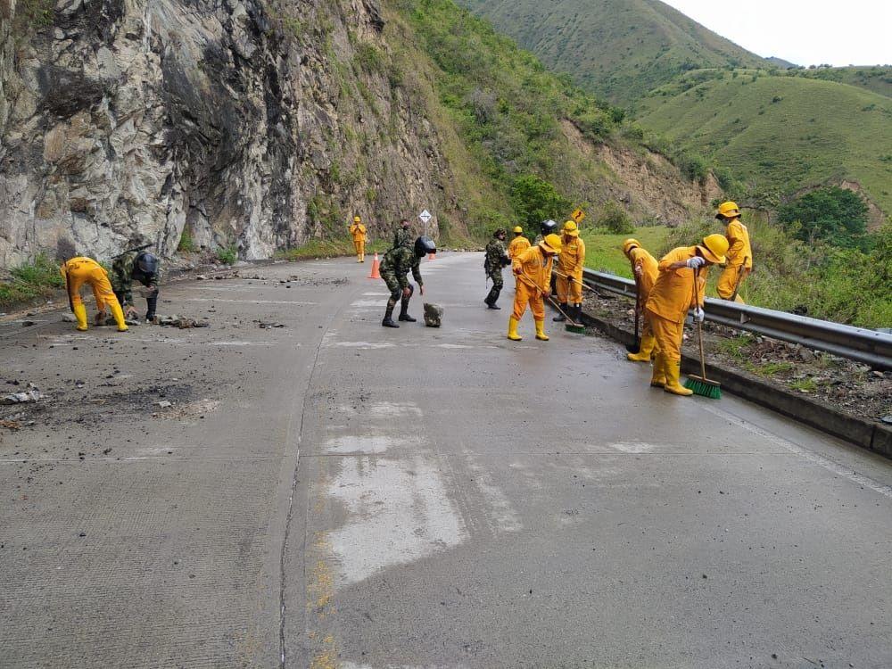 Ejército desbloquea vía entre La Plata y Páez (Cauca)