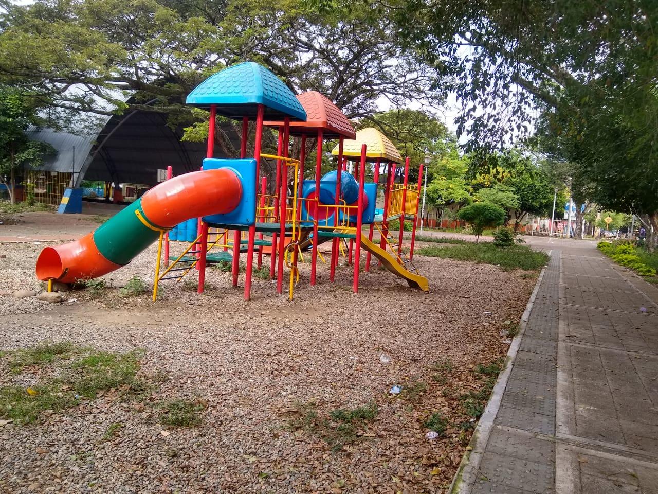 Que les arreglen el parque, solicitan en El Limonar