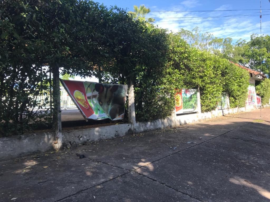 Club del norte vandalizado